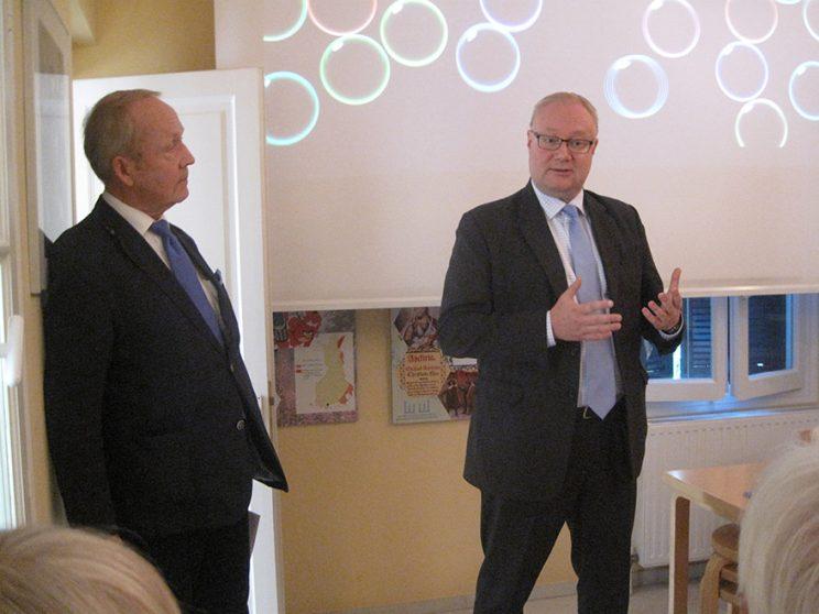 Ambassador of Finland Juha Pyykkö opening the seminar in Athens